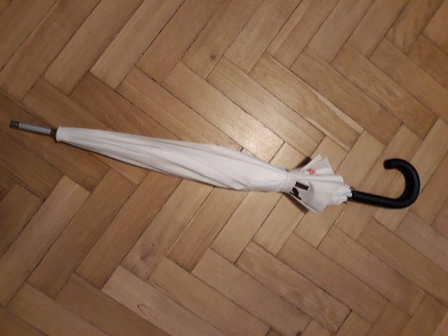 15) Parasolka Biała  (do odbioru do 01.02.2019)