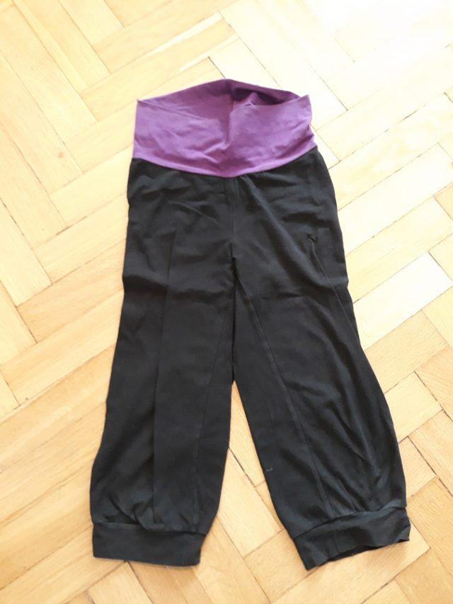 8) Spodnie dresowe (do odbioru do 15.11.2019)